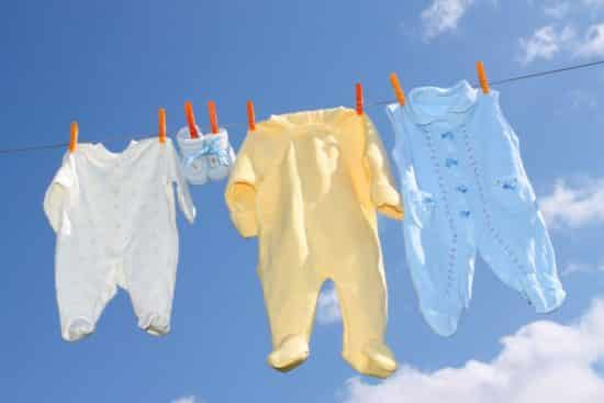 how to wash baby clothes for newborns
