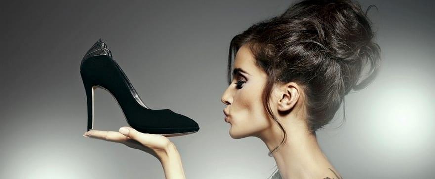 Уход за замшевой обувью дома