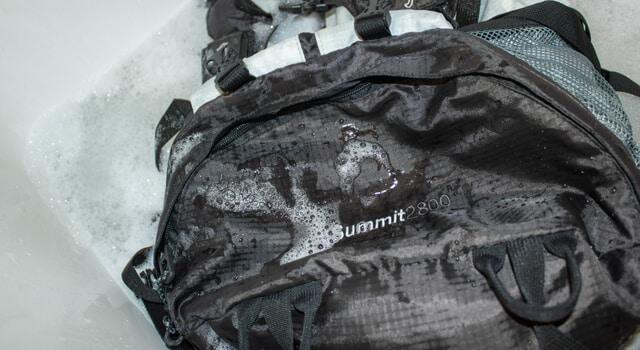 Можно ли стирать рюкзак в стиральной машине