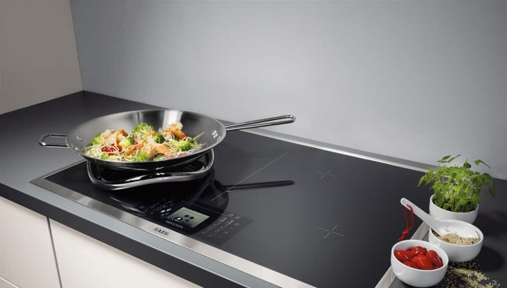 Положительные и отрицательные особенности стеклокерамических плит нож для чистки плиты из стеклокерамики фото