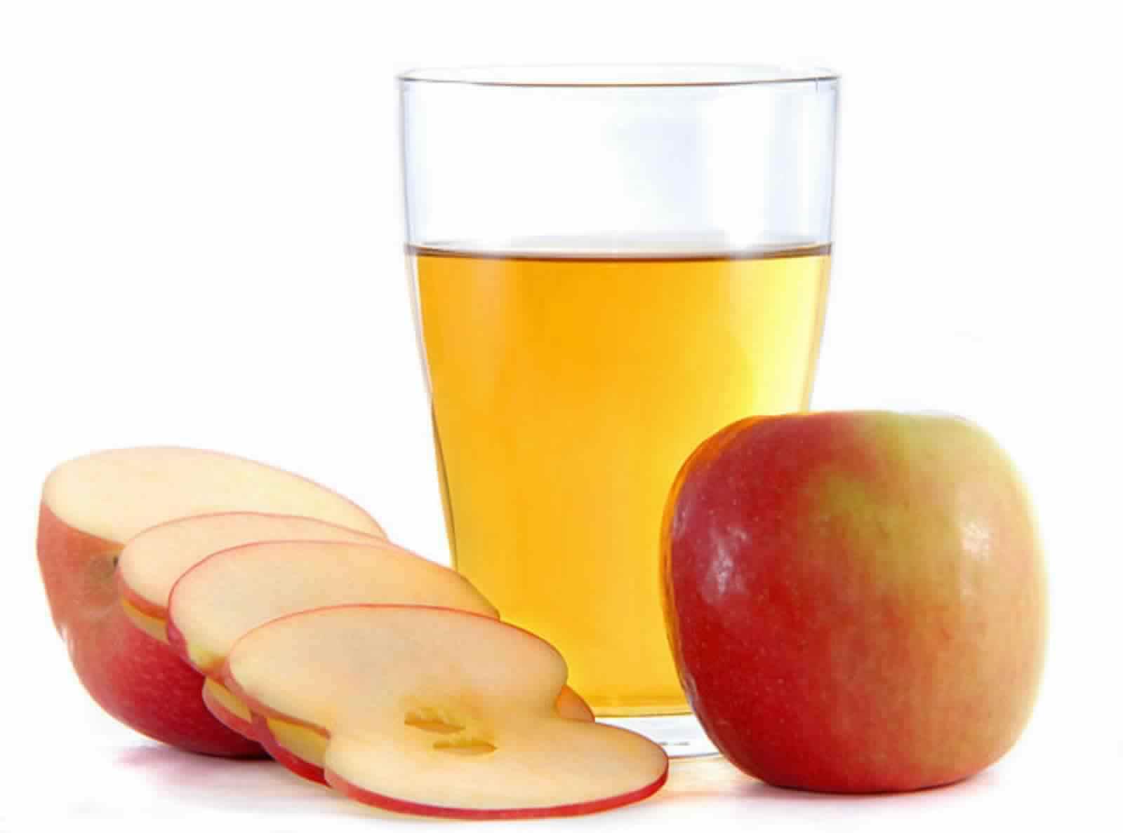 Как отстирать яблоко с одежды