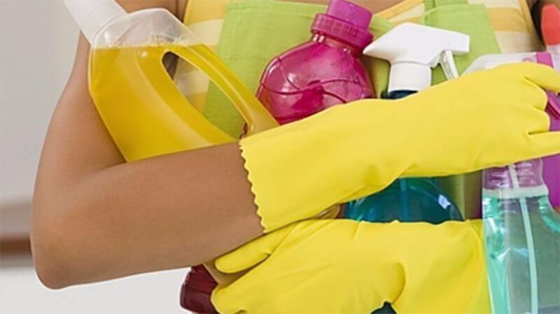 Чем отмыть пластиковый подоконник от пятен и загрязнений