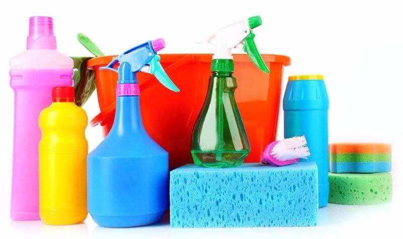 Чем отмыть пятна на пластиковом подоконнике