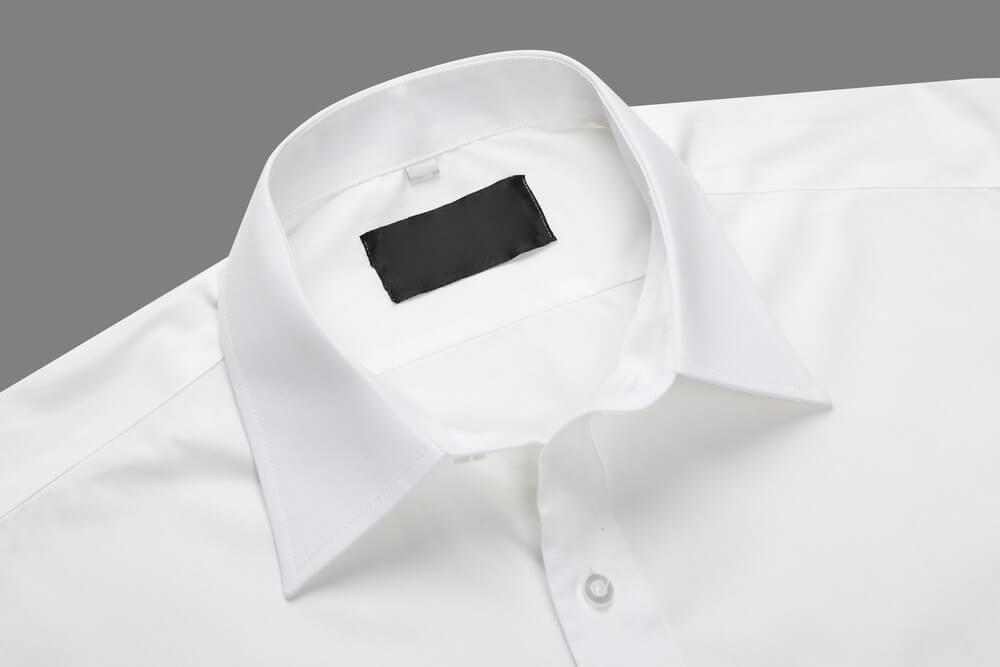 Как вывести пятно с белой рубашки