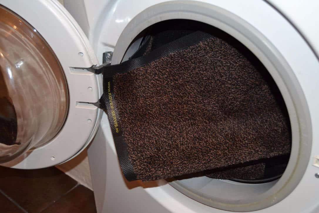 Можно ли стирать коврики в стиральной машине