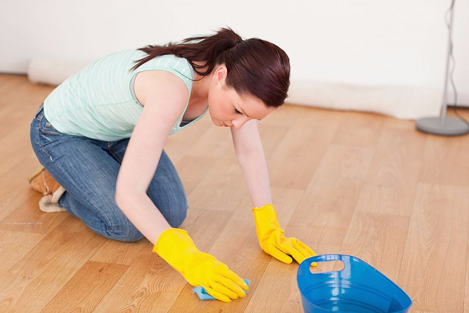 How to clean the floor