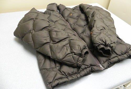Сушка пальто на холлофайбере после стирки