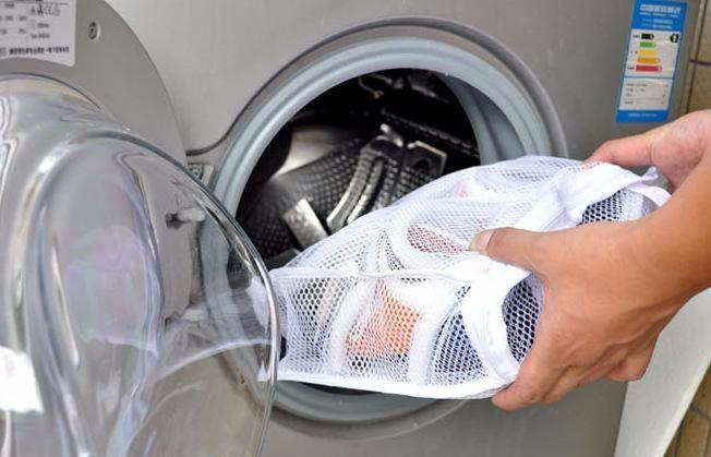 Можно ли в стиральной машине стирать обувь