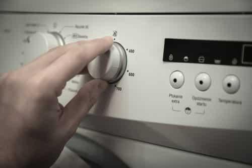 Washing a coat in a washing machine