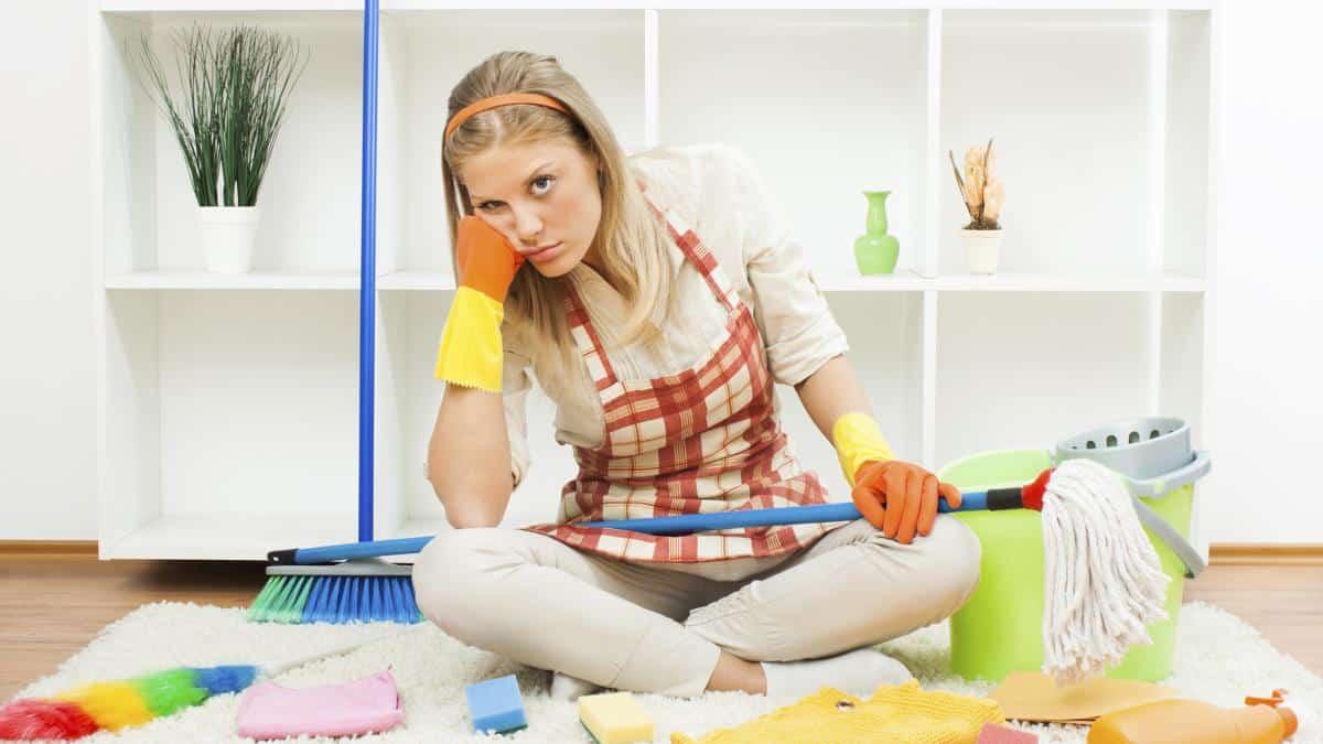 Как быстро убрать в квартире